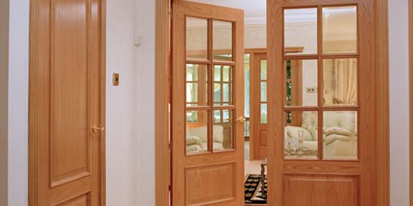 Dịch vụ sơn cửa gỗ trọn gói