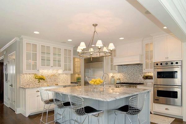 Mẫu trần thạch cao phòng bếp nhỏ